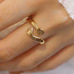 Embrace wrap ring